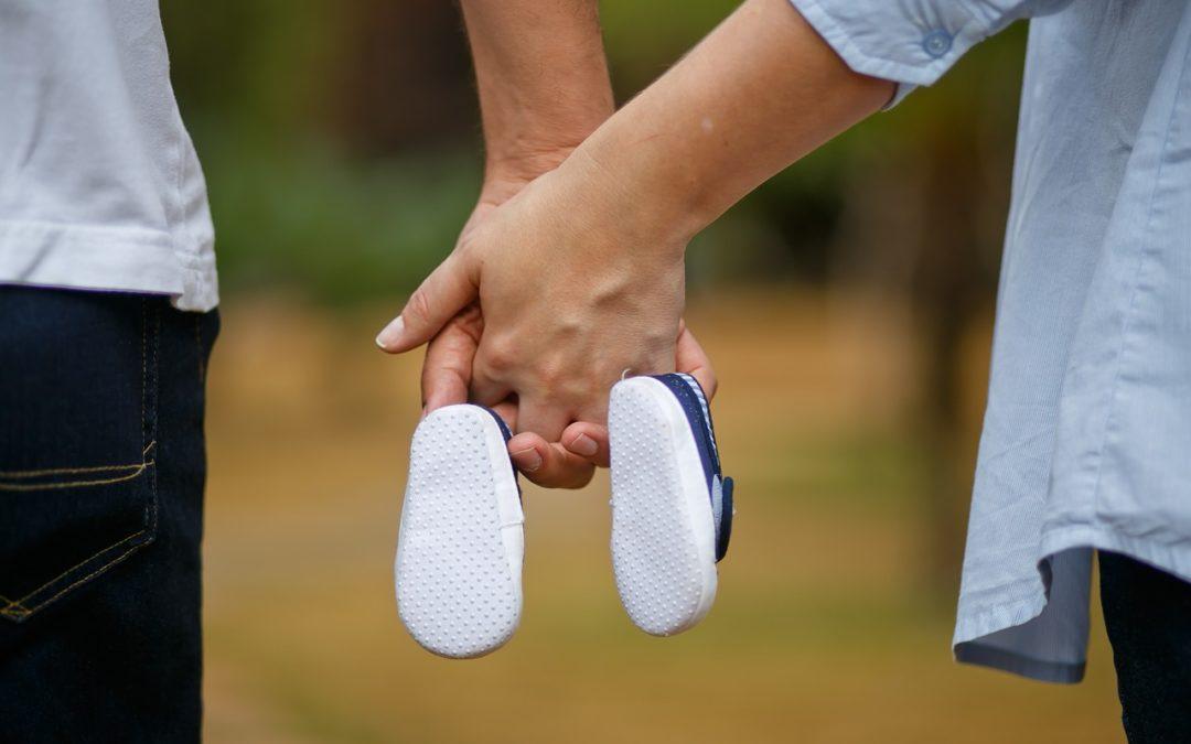 couple avec chausson bébé